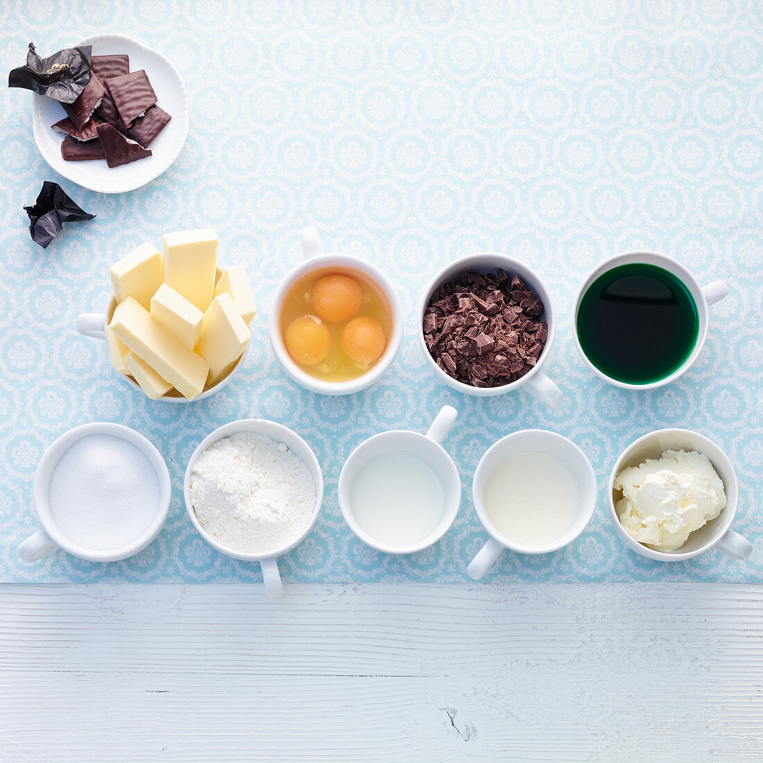 Ingredients for chocolate peppermint tarts