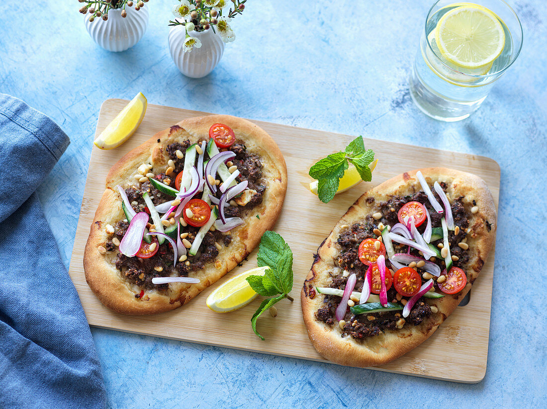 Mini pizzas with minced meat