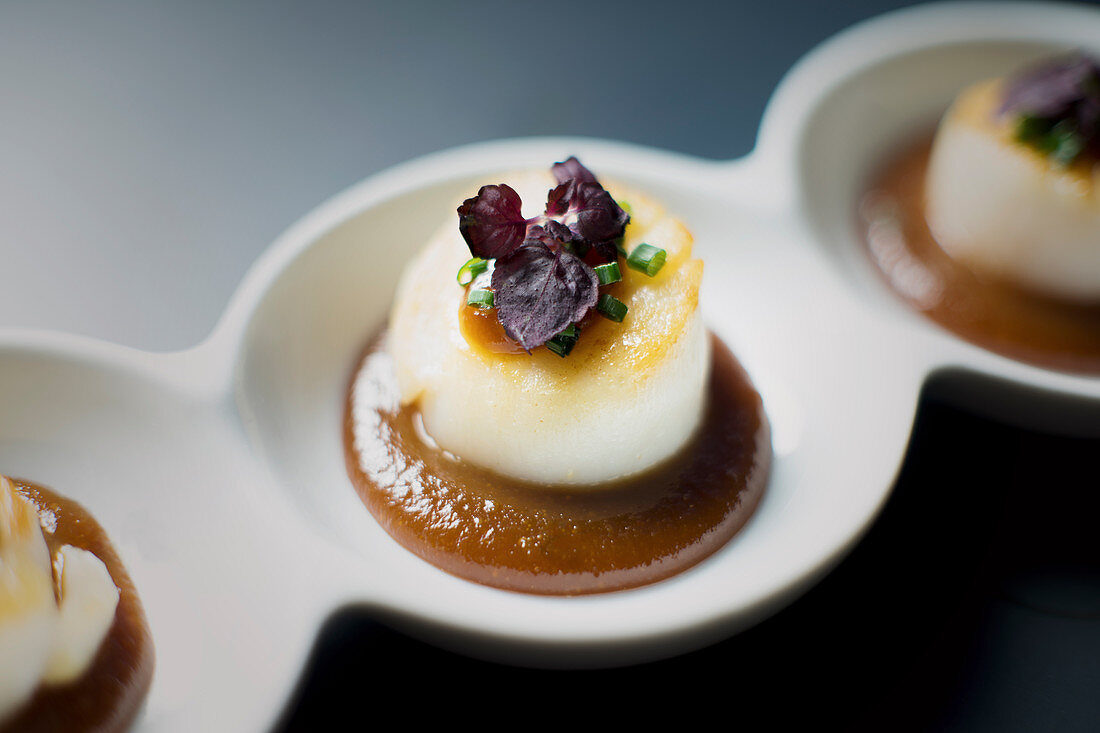 Grilled scallop with miso sauce