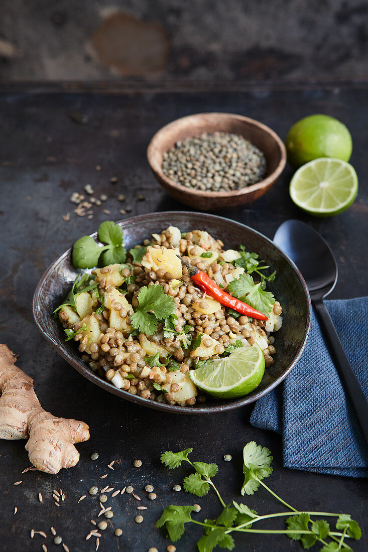 Oriental lentil and potato salad with ginger