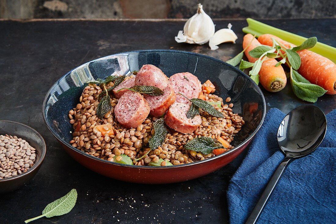 Lentils with salsiccia and sage