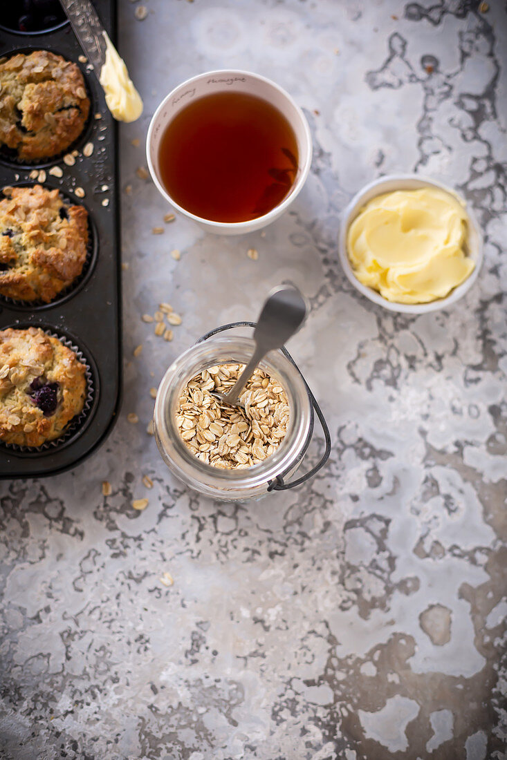 Oats in a jar and muffins