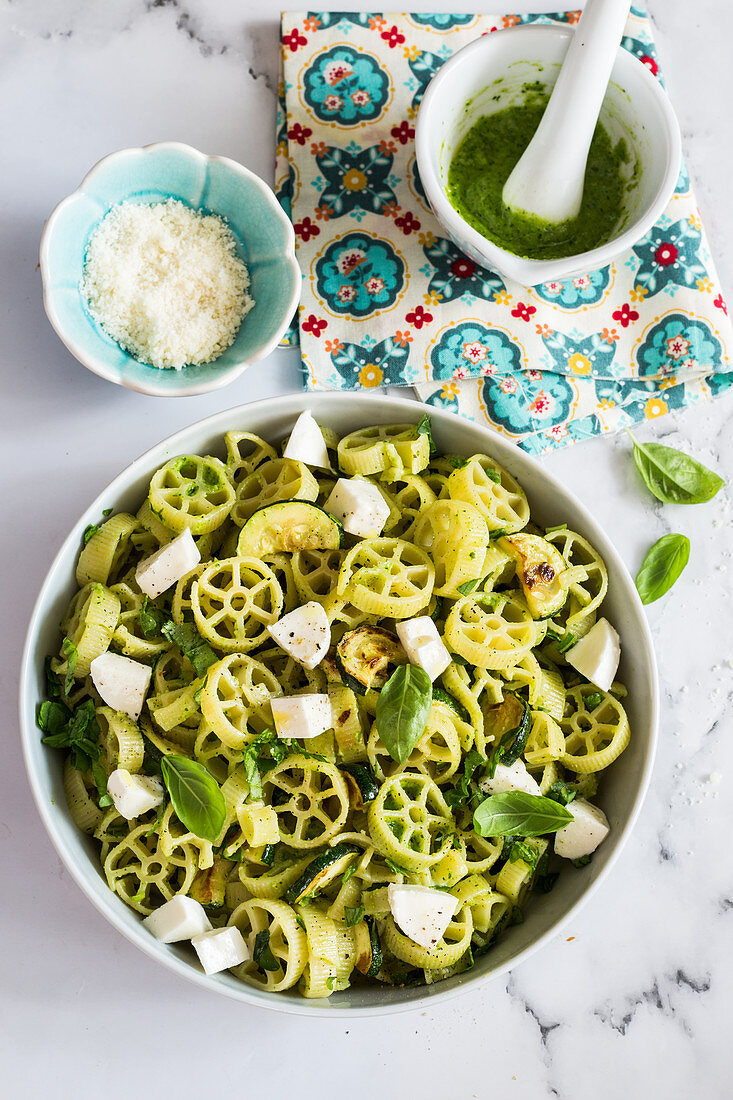 Ruote pasta salad with zucchini pesto and mozzarella
