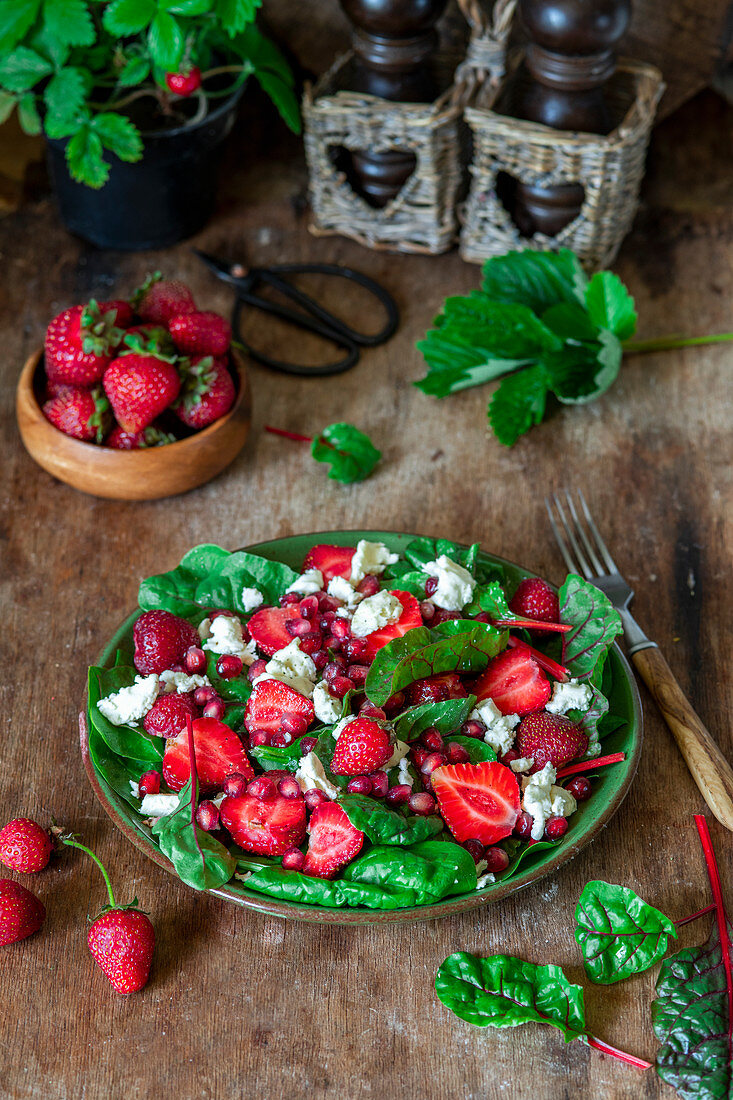 Strawberry salad with feta