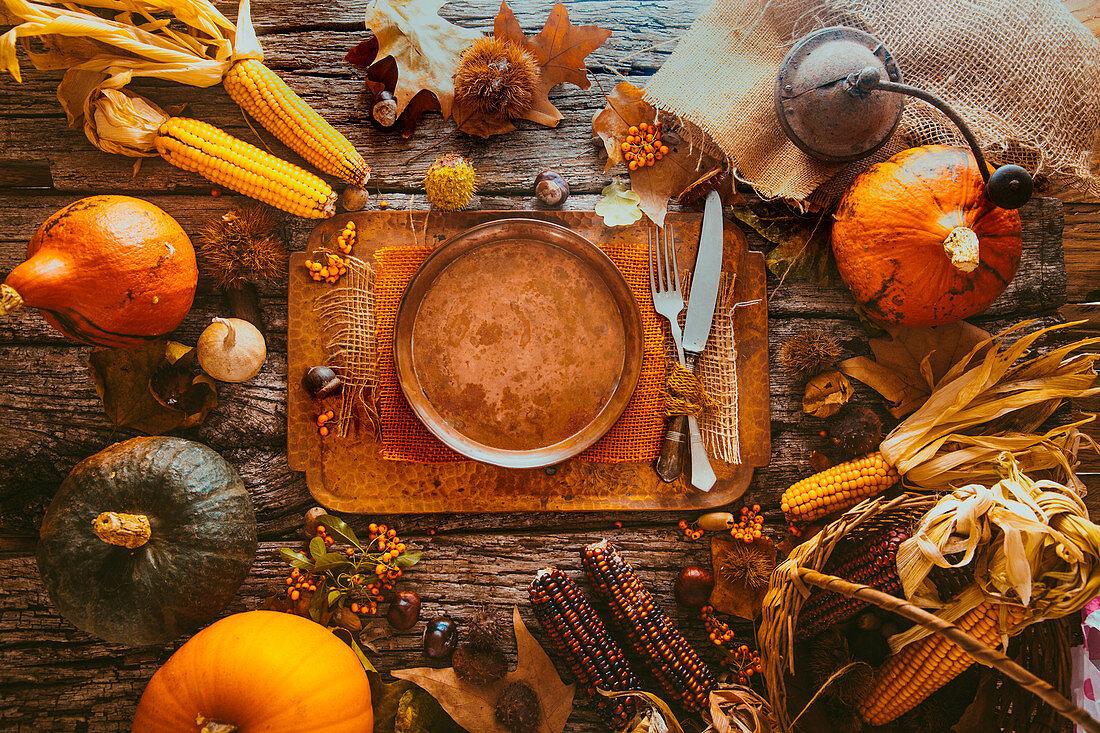 Herbstliches Gedeck zum Erntedankfest
