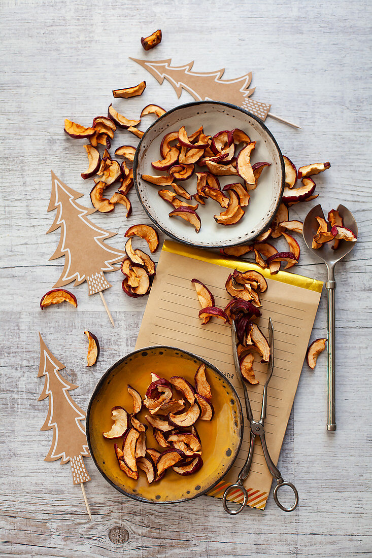 Dried apple slices for Christmas snacking
