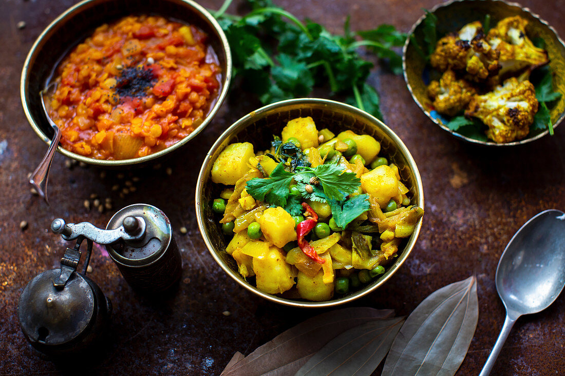 Potato curry, daal and roasted cauliflower (India)