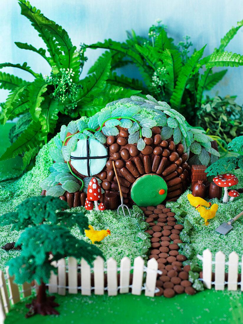 'Happy Hobbits Holiday House' cake
