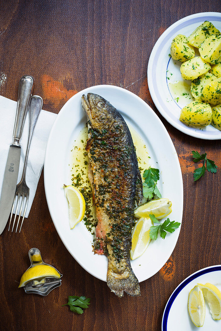 Fried char with parsley potatoes