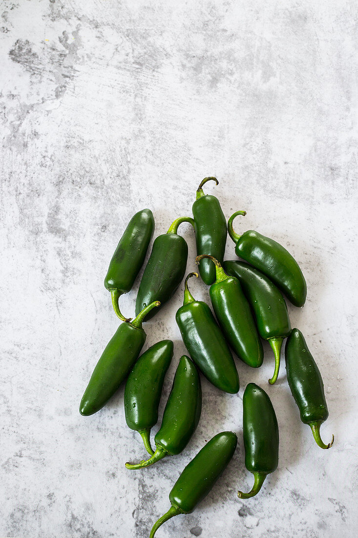 Fresh mexican chilli peppers (jalapenos)