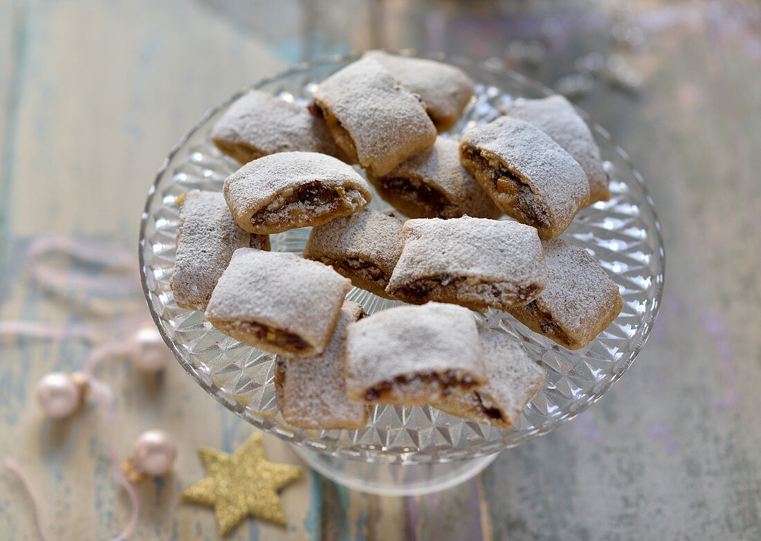 Vegan stollen confectionary on a glass plate