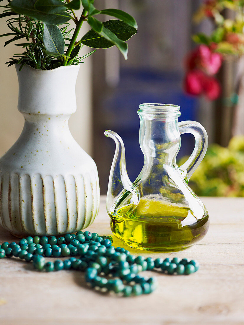 Background, necklace, oil, jug, jar (Greece)