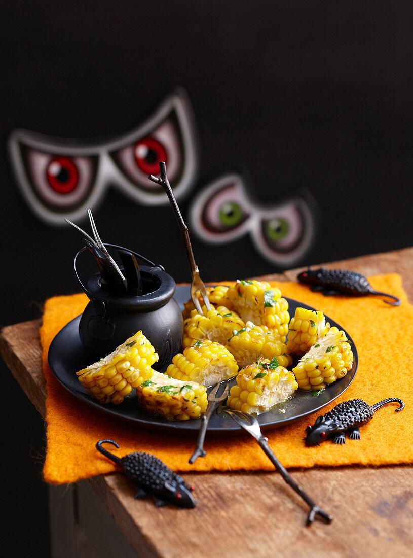 Healthy Halloween: Mummy Teeth (Corn on the cob)