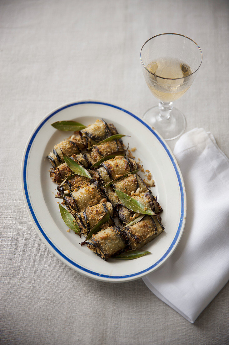 Sicilian-style aubergine rolls with a spicy bread filling