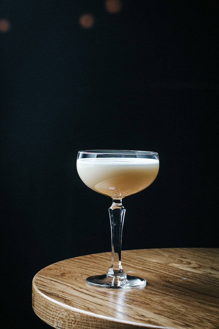 Cocktail with egg white