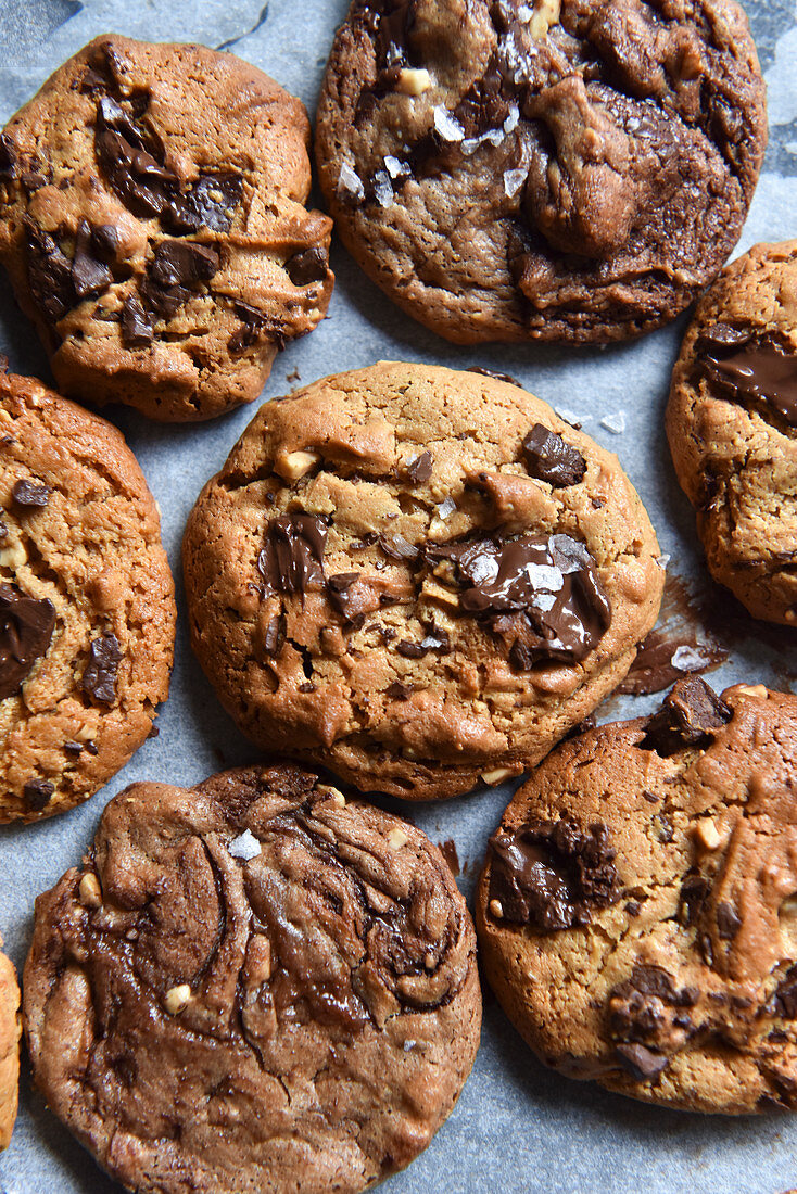 Chocolate chip cookies on baking paper