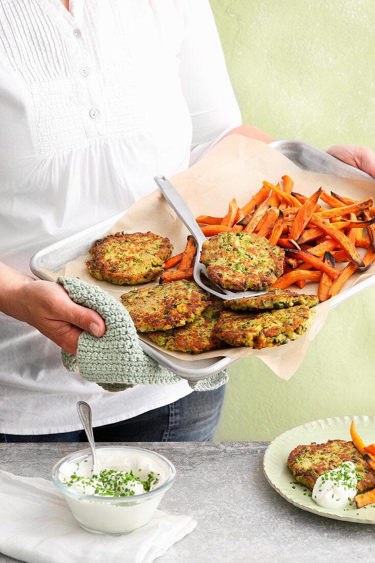 Pea röstis with sweet potato fries