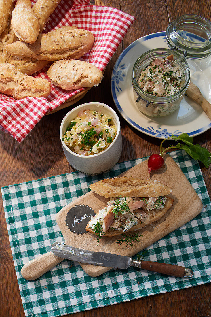 Roasted onion sticks with trout cream and potato cheese