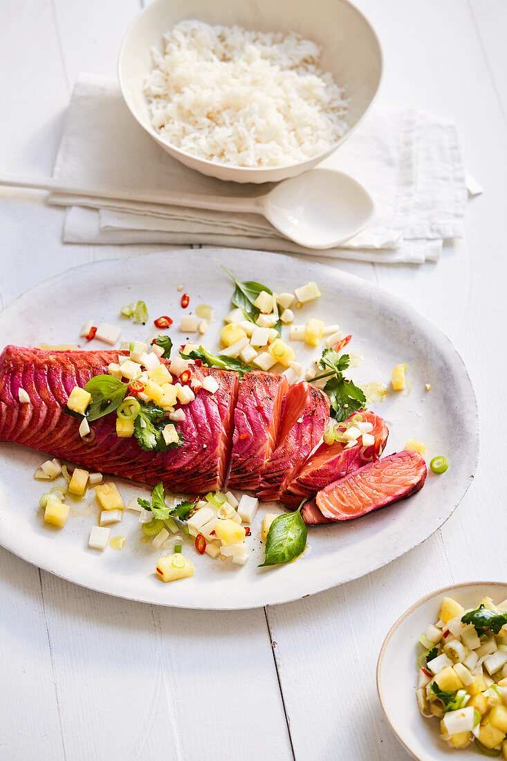 Beetroot marinated salmon with asparagus and pineapple sambal