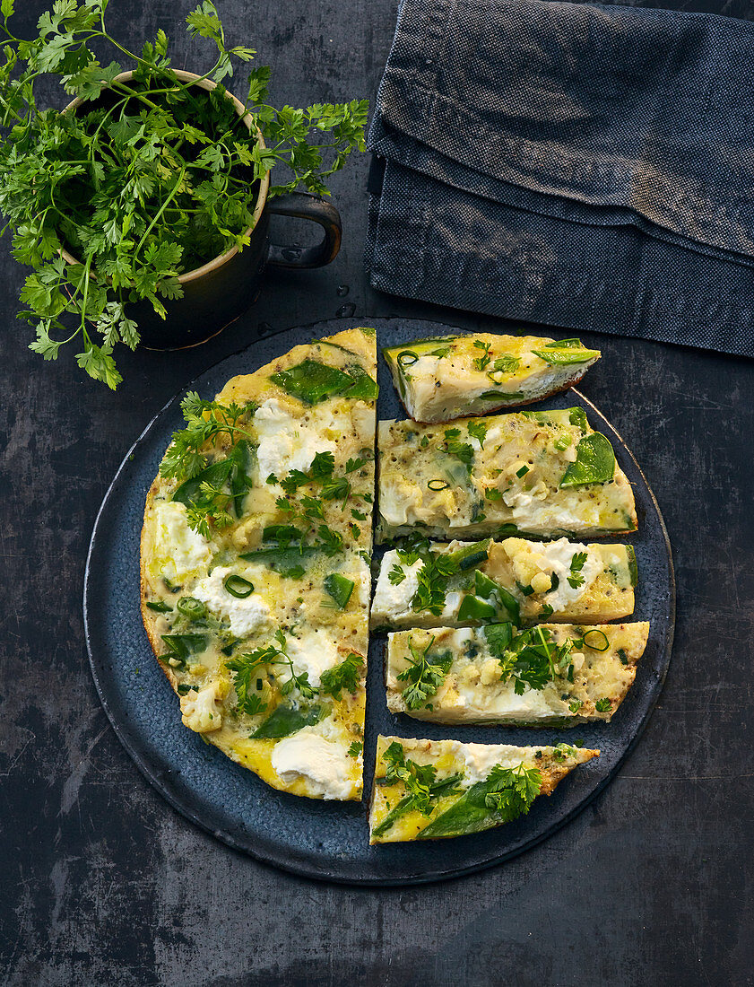 Vegetable omelette with ricotta and parsley