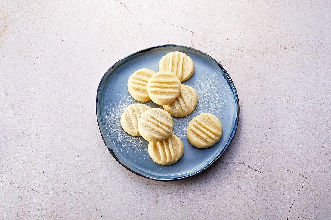 Schneeflocken (Swiss butter vanilla biscuits, sugar-free)