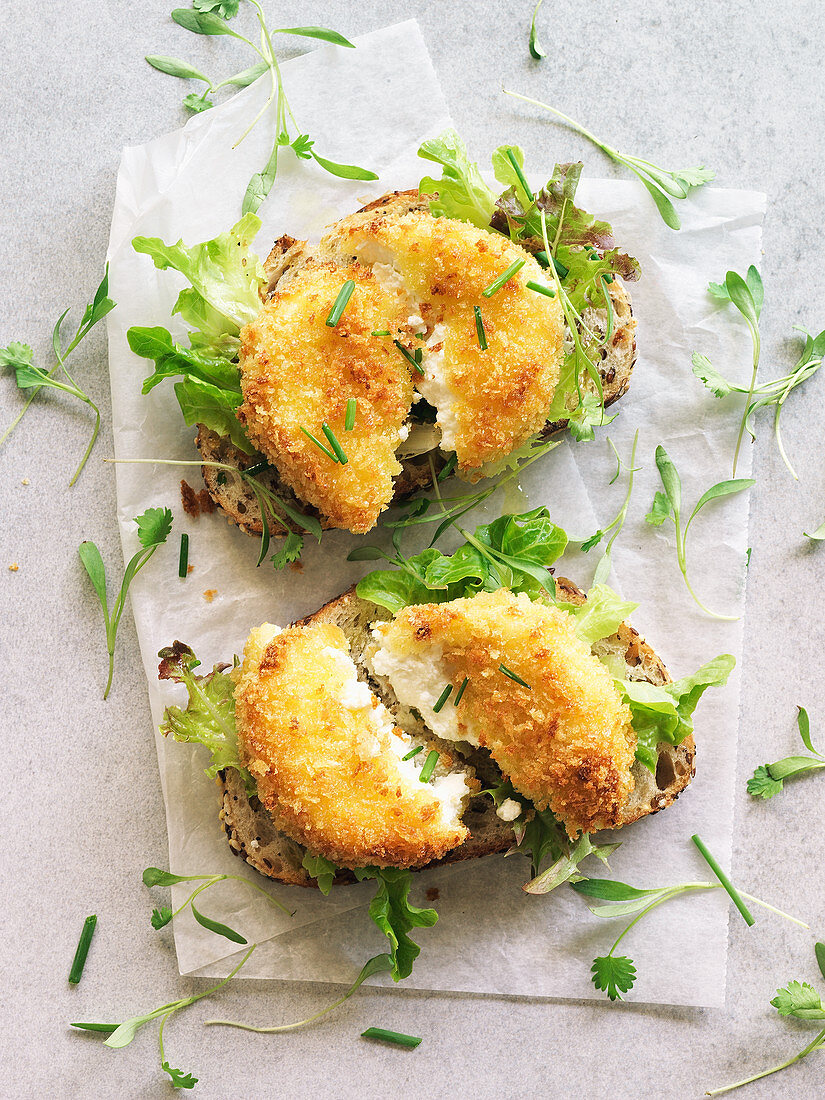 Fried goat cheese on toasted bread