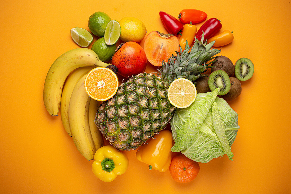 Fruit, citrus and vegetables with vitamin C