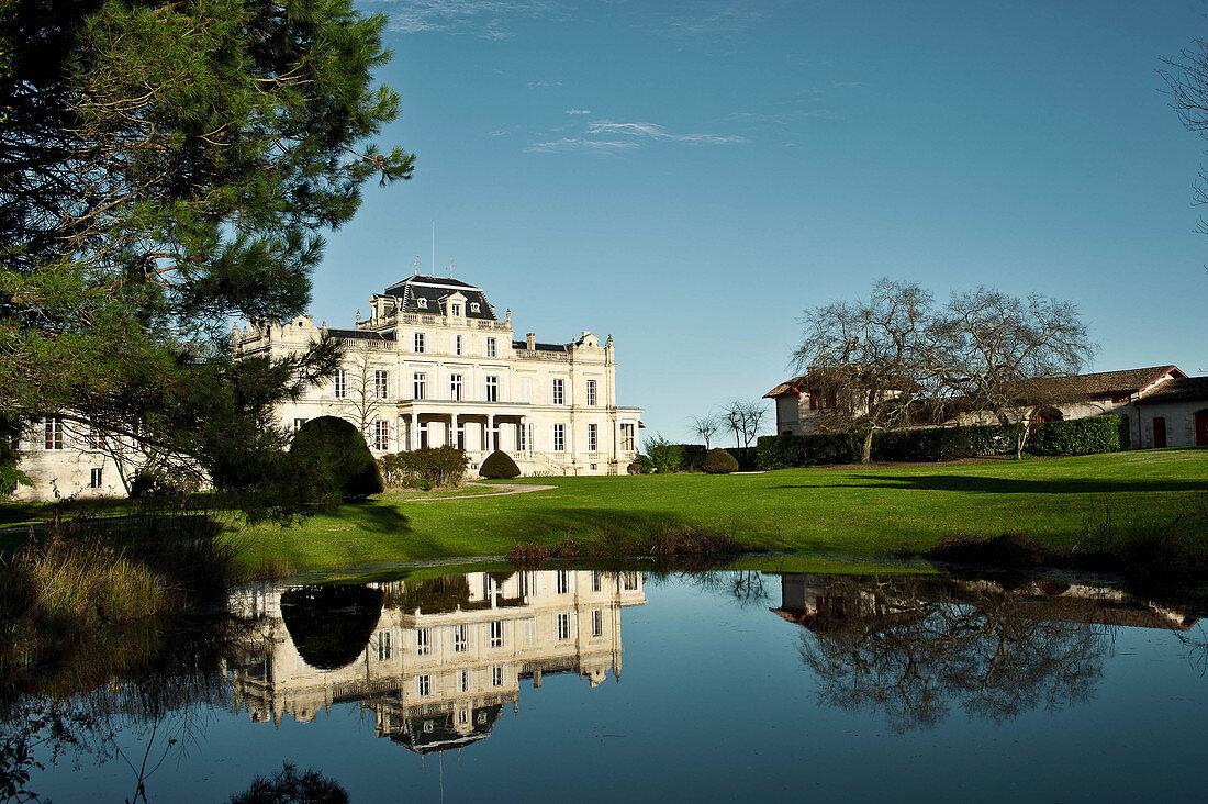 Main building and park grounds, Chateau Giscours, Margaux, Bordeaux, France
