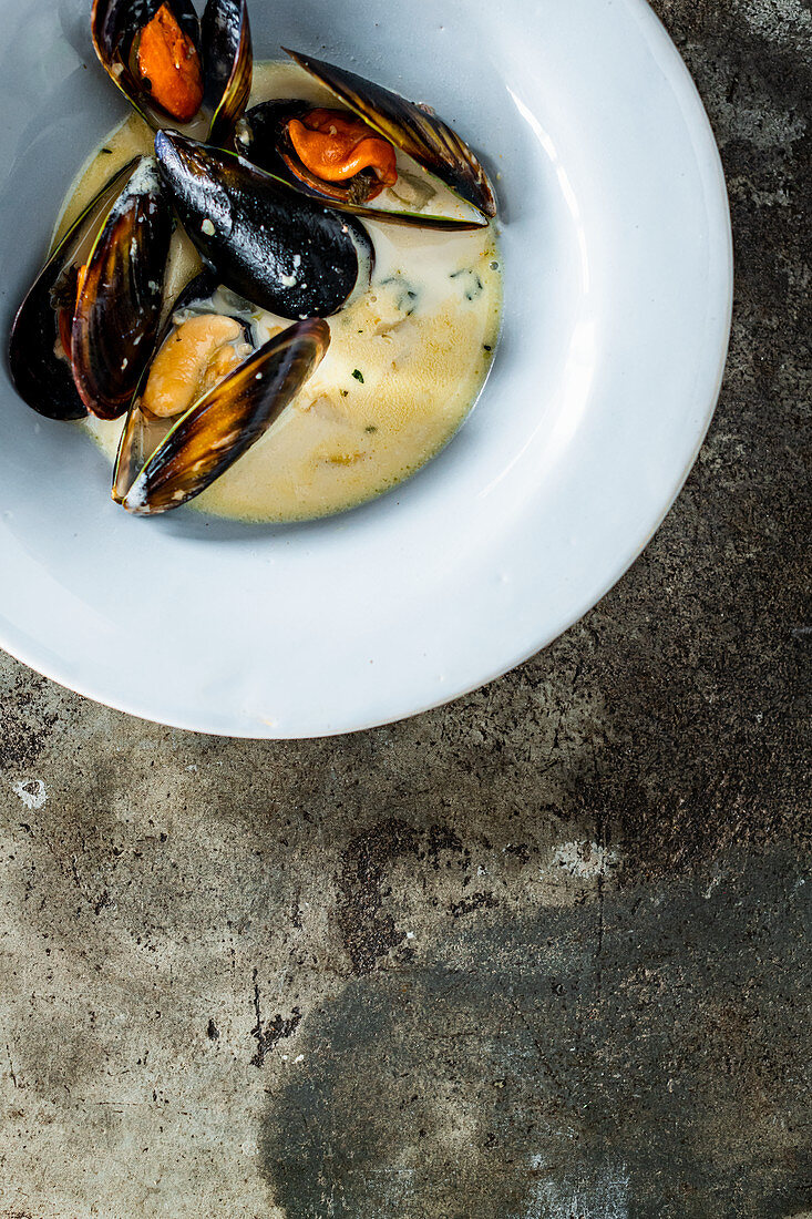 Mussels and Coconut Soup