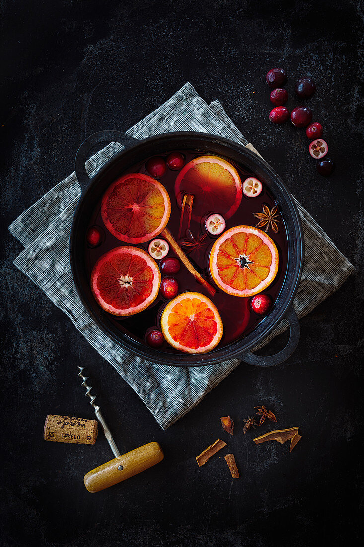 Mulled wine with cranberries and blood oranges