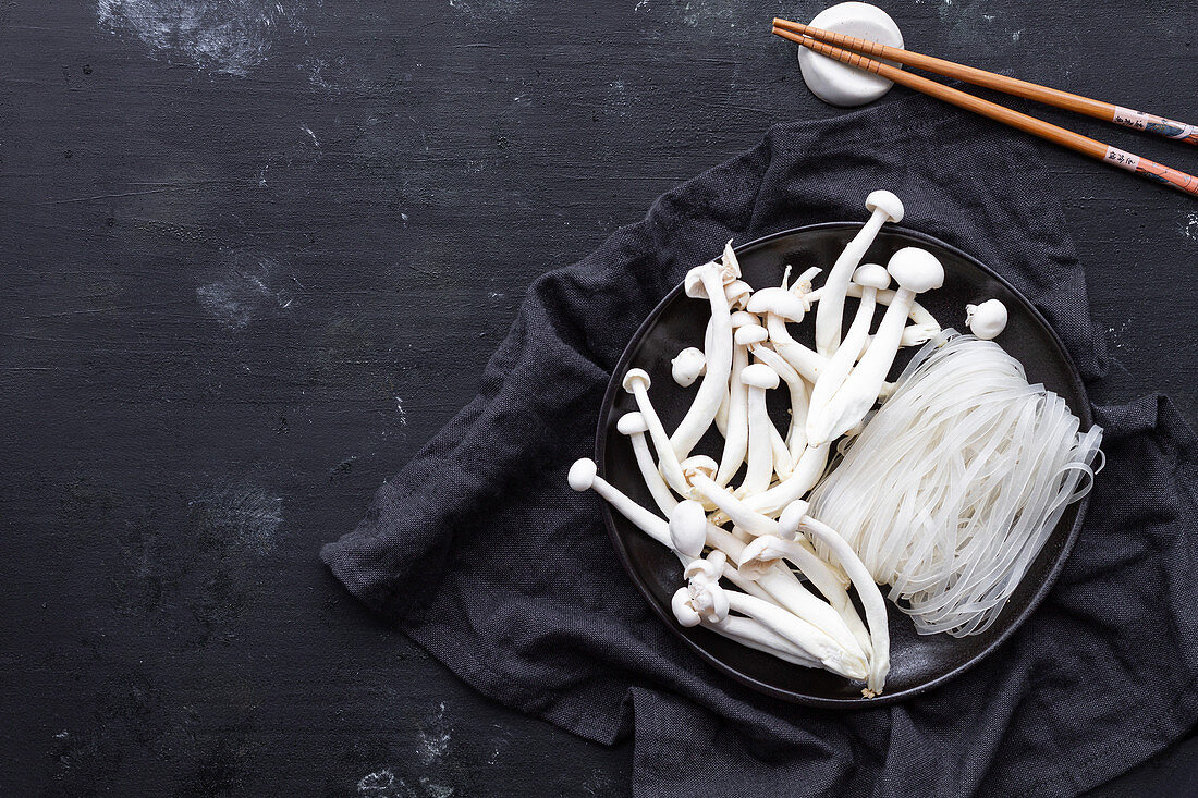 Glass noodles and enoki mushrooms for cooking Ramen