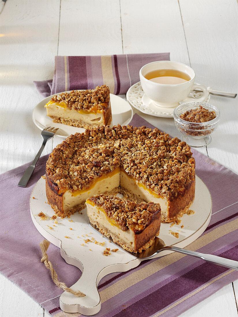Crispy cheesecake with peaches