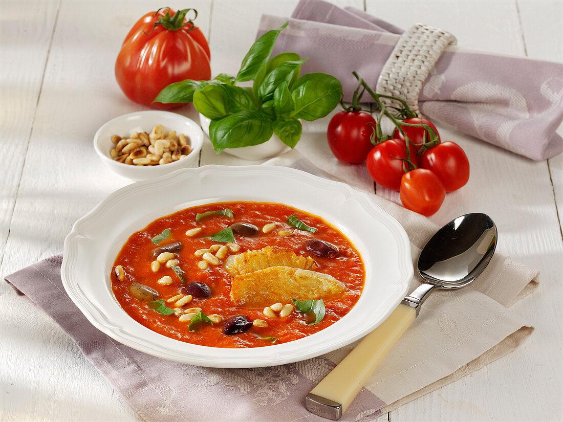 Geröstete Tomatensuppe mit gebratenem Halloumi