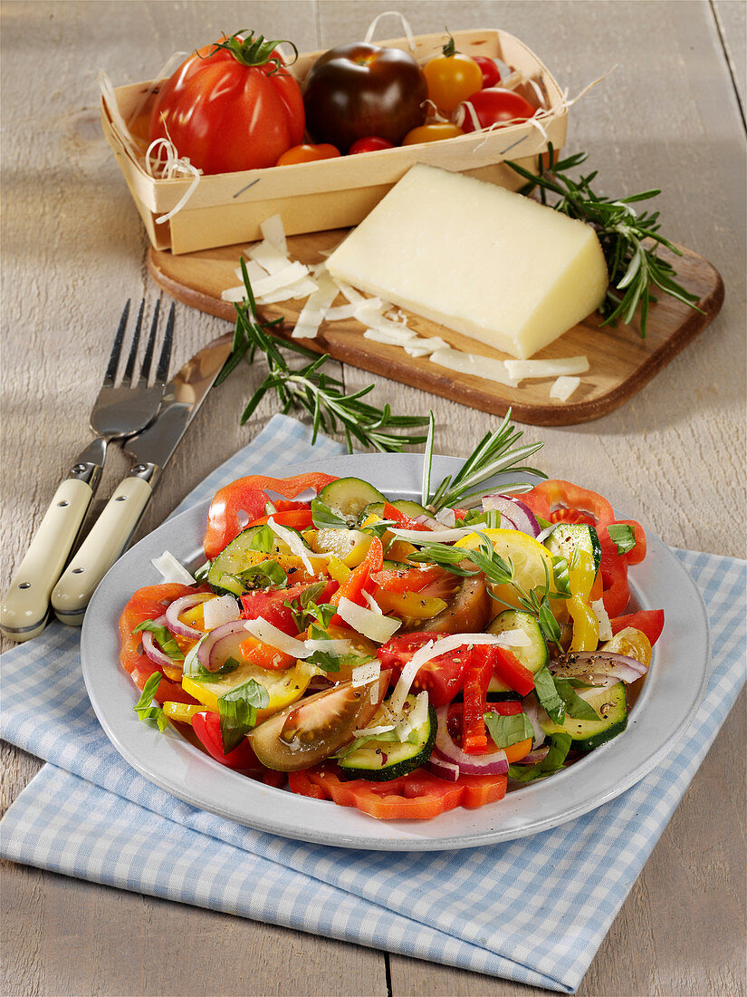Ratatouille-Salat mit Manchego