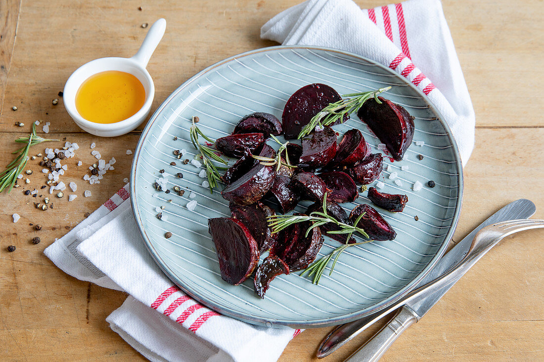 Roast beetroot with rosemary