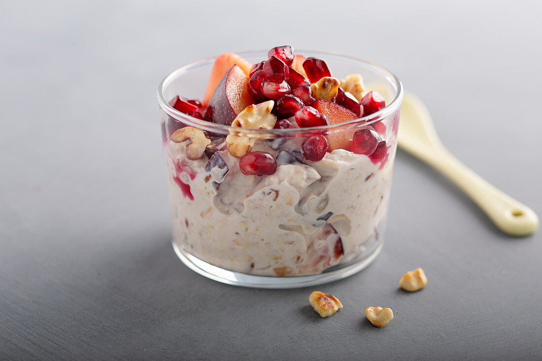 Power fruit muesli with nuts