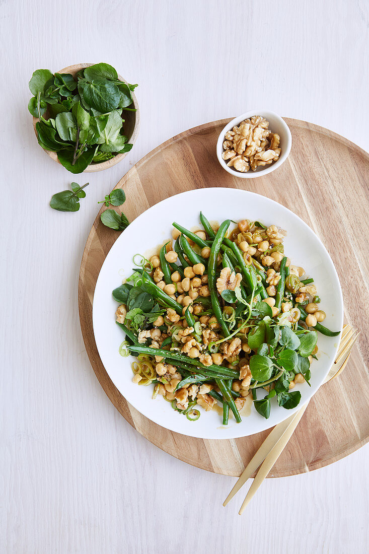 Chickpea protein bowl with beans