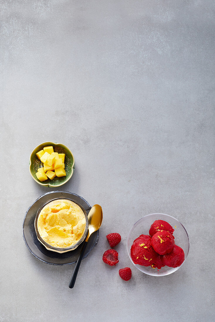 Quick ice cream made from mango and coconut milk, and raspberry sorbet