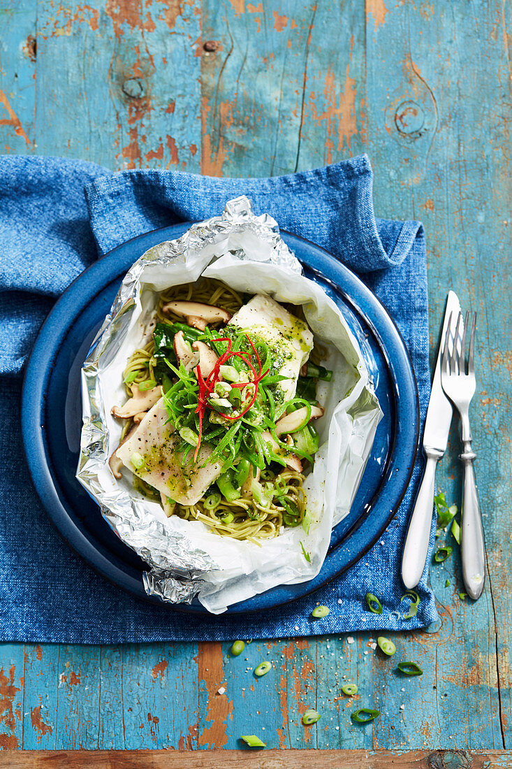 Fish and green tea noodle parcels