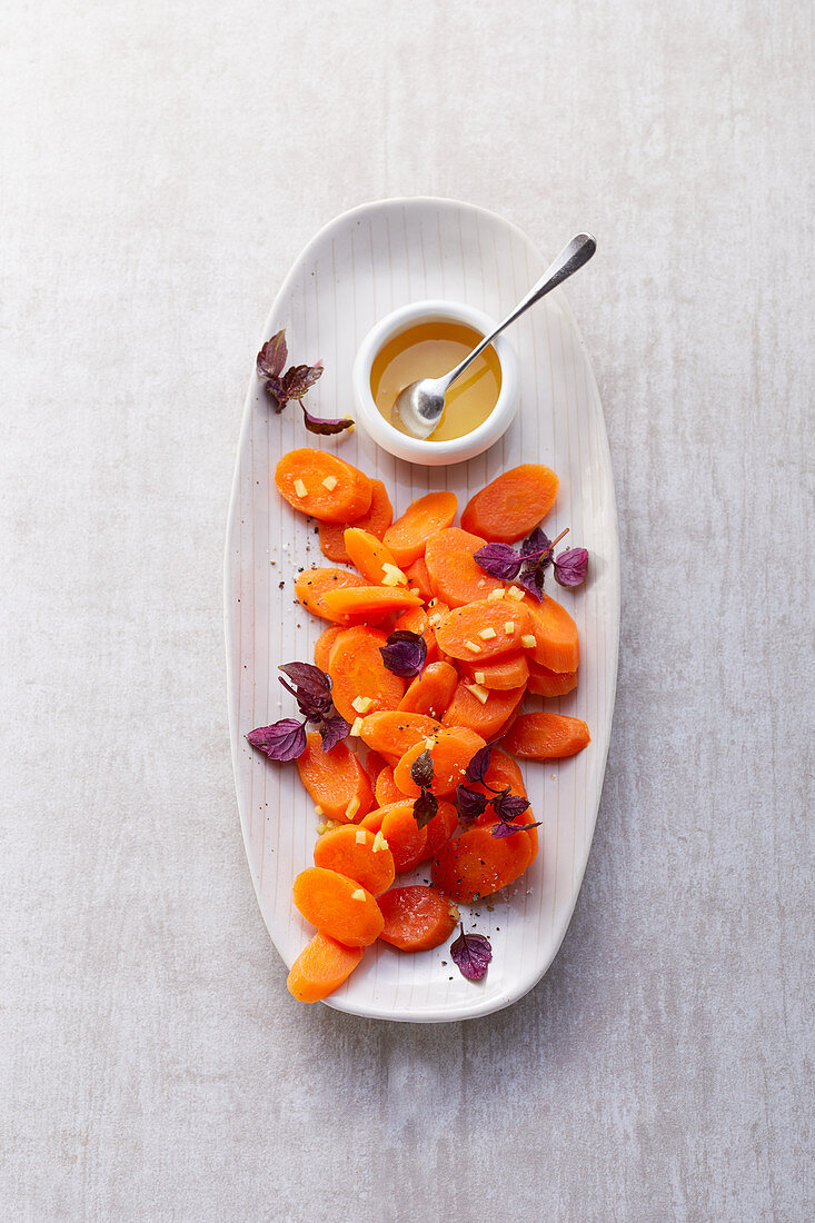 Carrot vegetables with ginger and maple syrup