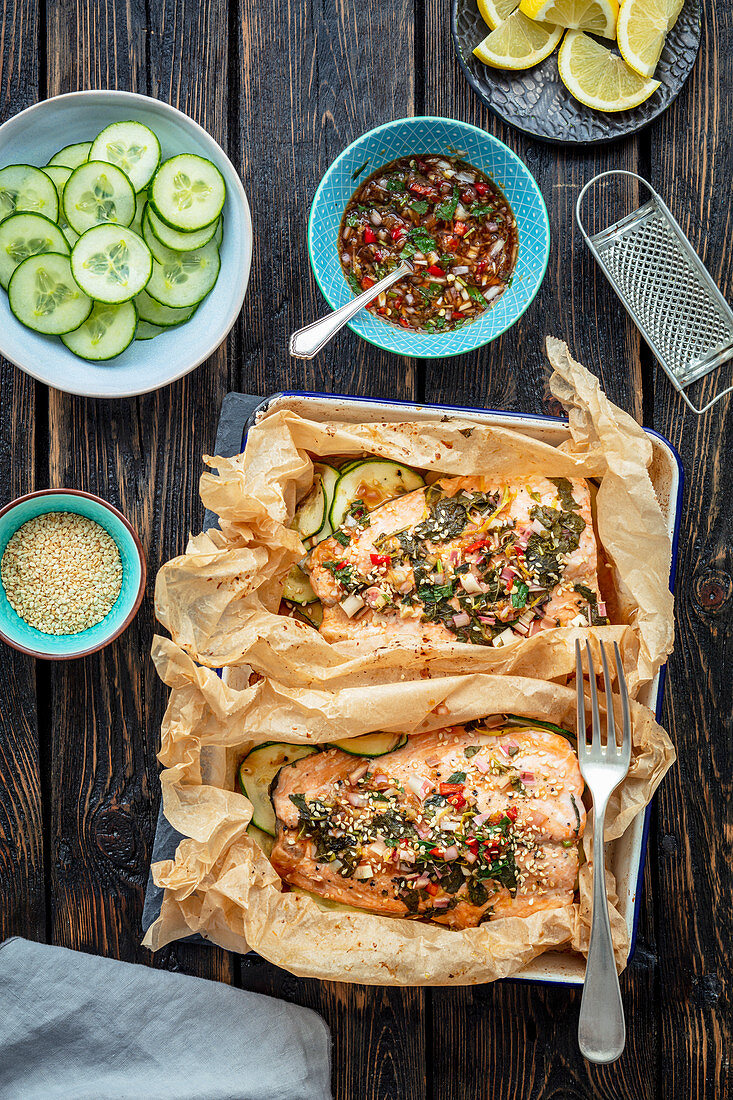 Salmon baked with lemon grass and chili