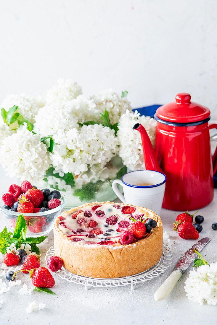 Berry sour cream pie