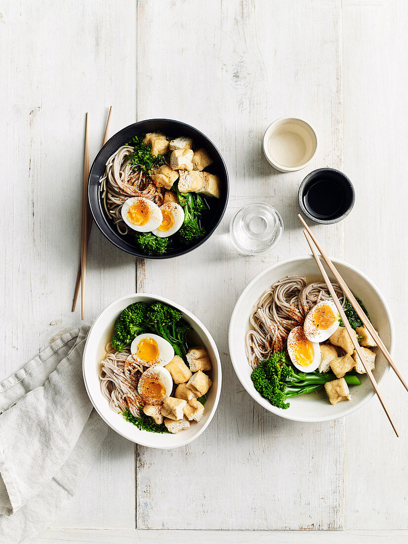 Soba noodle soup with broccolini and egg