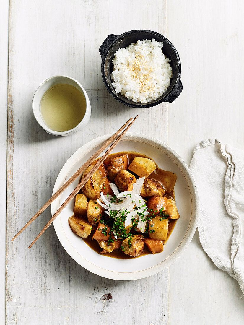 Navy curry from chicken and vegetable