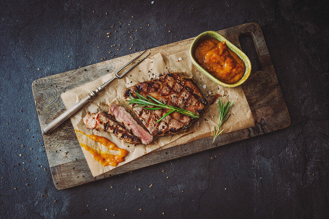 Grilled collar steak and a spicy-fruity BBQ sauce with mango