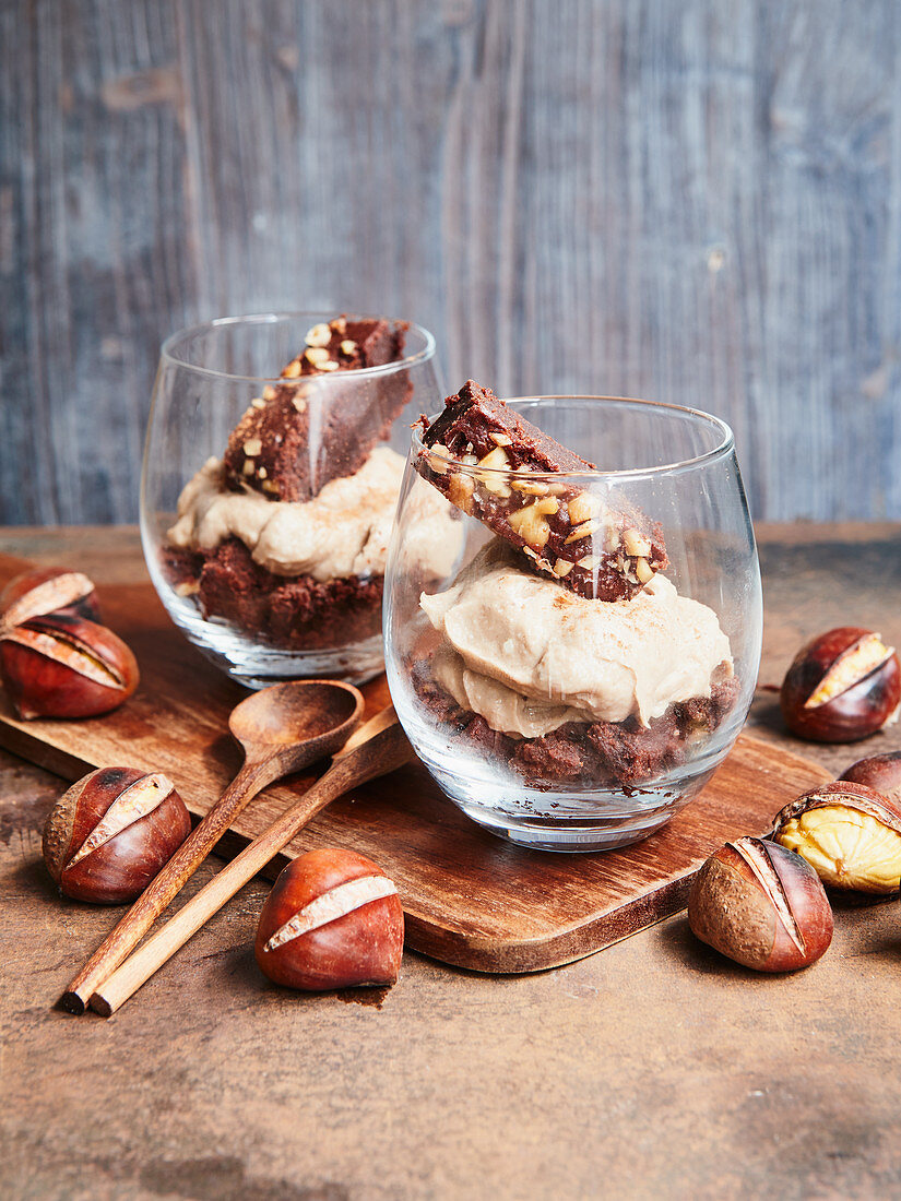 Chestnut and cinnamon mousse with diced brownies
