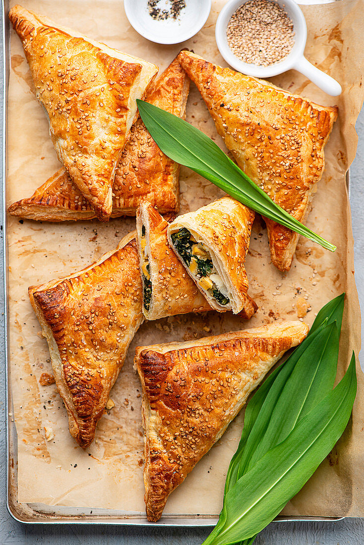 Wild garlic pastries with egg