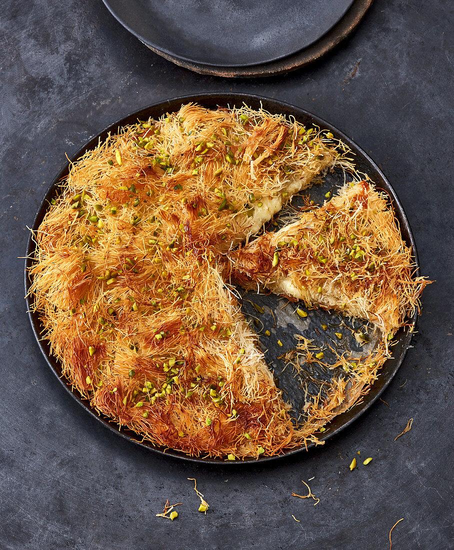 Kunefe – Turkish kadayif pastry cake
