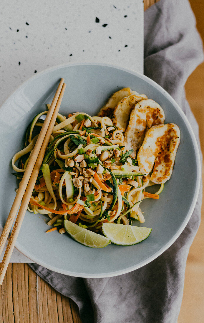 Zucchini Noodles with Carrots, Peanuts and Halloumi