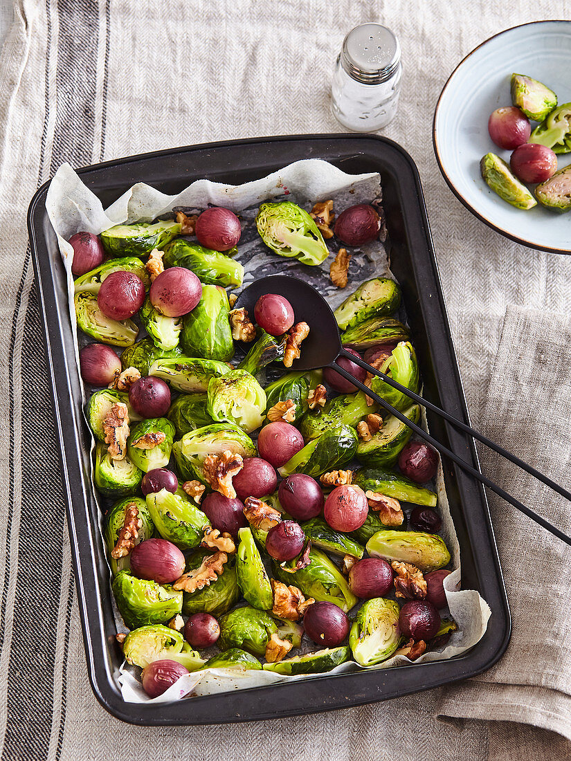 Baked Brussels sprout with wine grapes and nuts